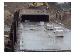 103 Rektangulært basseng (uten renne) under bygging